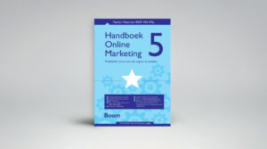 In Het Handboek Online Marketing introduceert Patrick Petersen nieuwe en evalueert oude marketingmodellen.