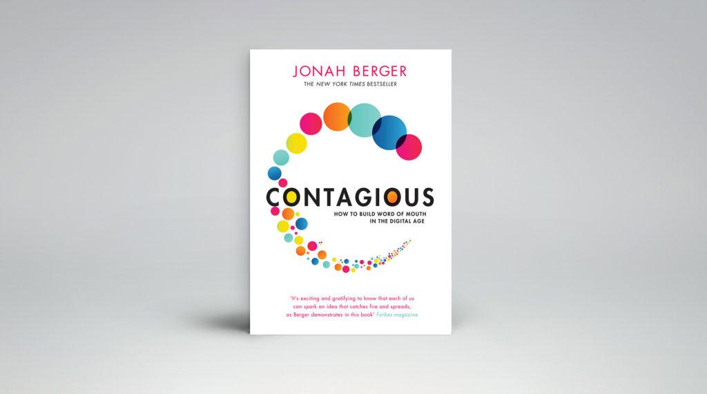 Onderzoeker Jonah Berger laat in zijn boek Contagious zien wat we interessant vinden, waarom we dat vinden, en waarom we interessante dingen willen delen met anderen.